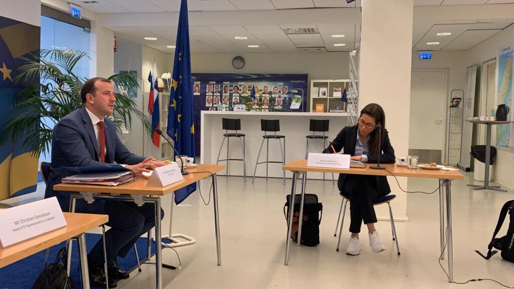 Lina Burnelius träffar EU: Miljökommissionären Virgnijus Sinkevičius på i Sverige